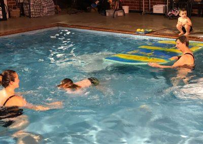 Turtles swiming lessons